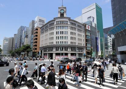 新宿の人出、6割超増加 宣言解除後の週末、前週と比べ:朝日新聞デジタル