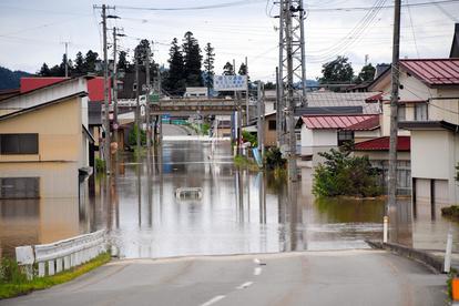 暗闇に響く浸水音「まずい」、何とか避難 最上川氾濫:朝日新聞デジタル