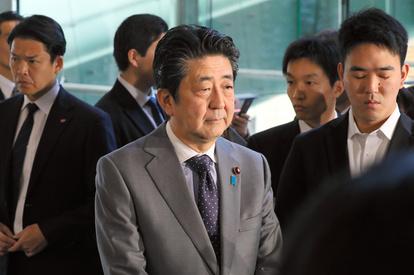 安倍前首相の参考人招致要求へ 桜を見る会の夕食会問題:朝日新聞デジタル