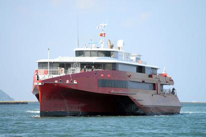 ビートル クイーン JR九州の新型高速船「クイーンビートル」ビートルの違いは?