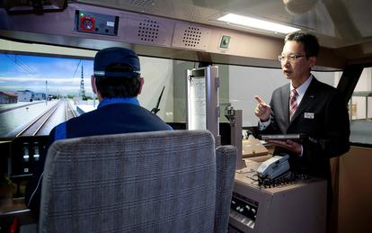 最長500m・車掌なし 貨物列車の運転士を育てる工夫:朝日新聞デジタル