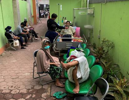 日本 インドネシア 人 コロナ 「日本人11人死亡、290人以上感染」コロナ急拡大のインドネシアが危機的状況に(大塚 智彦)