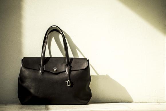 ビジネスマンのバッグ、人気の形、色、サイズ