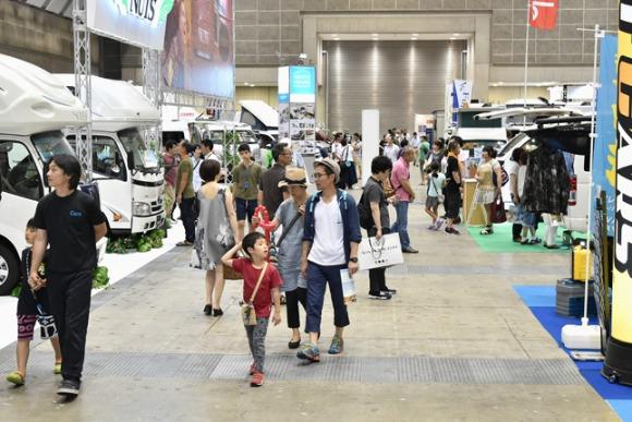 日本のキャンピングカー 総保有台数10万台を突破!