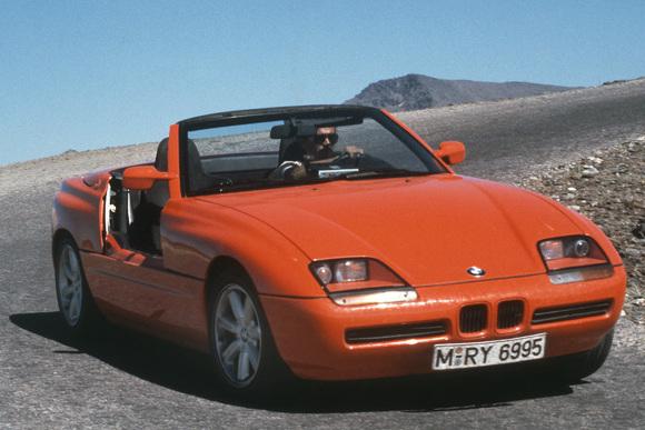 BMW、異彩を放つオープンスポーツカー「Z1」