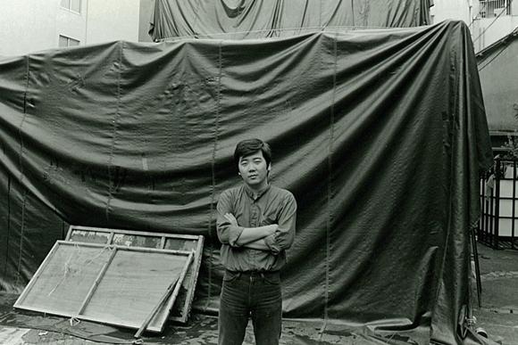 テントに泊まり込んだ夜 鴻上尚史と第三舞台での日々