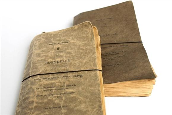 まるでリアルな「冒険の書」、風合いを感じるノート