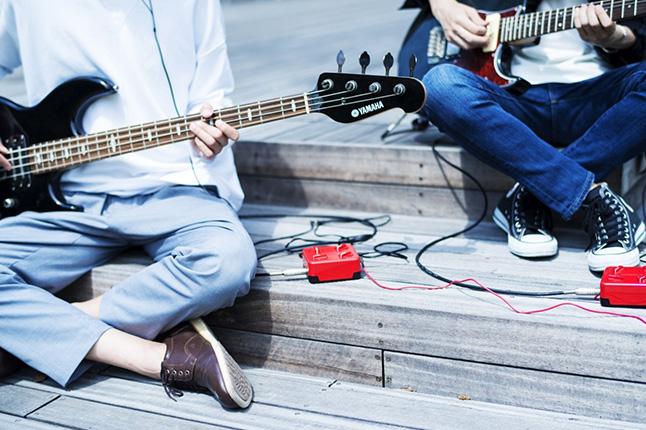 イヤホンでセッション!繋がる楽器アンプ