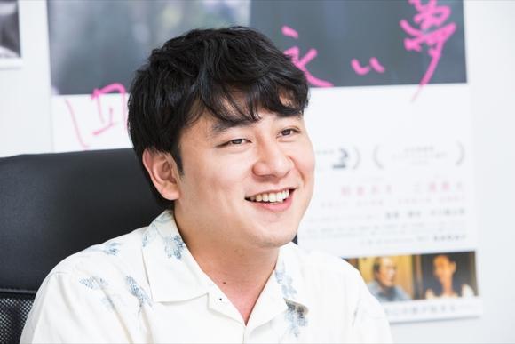 詩人から映画の世界に 『四月の永い夢』中川龍太郎監督