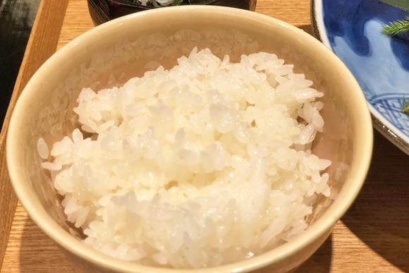 土鍋で炊きたて10分未満、つやつやご飯のランチ 銀座