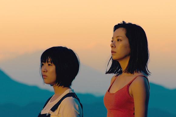 演技派・桜井ユキ「肌で感じて」 映画『真っ赤な星』