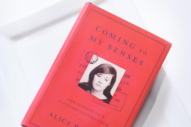 「シェ・パニース」創設者アリスの自伝