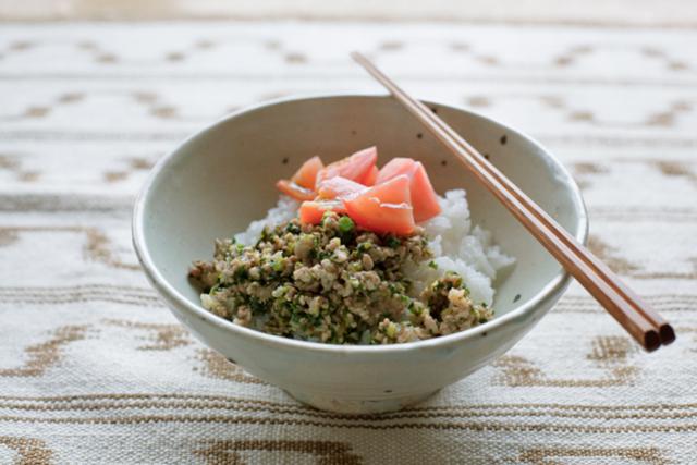 パクチストの友人と食べたい、香味野菜のアイデア料理