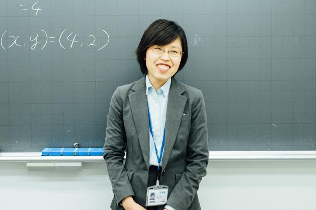 河合塾Wings講師:中野まゆみさん(33歳)