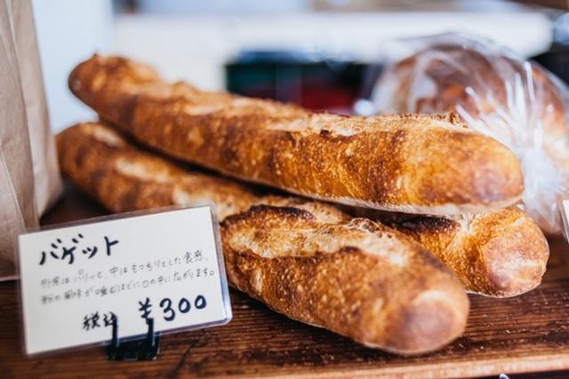 三浦で小麦を育て、製粉してパンを焼く
