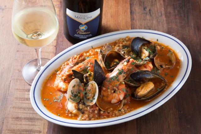 南イタリアの郷土料理とワインを楽しむ