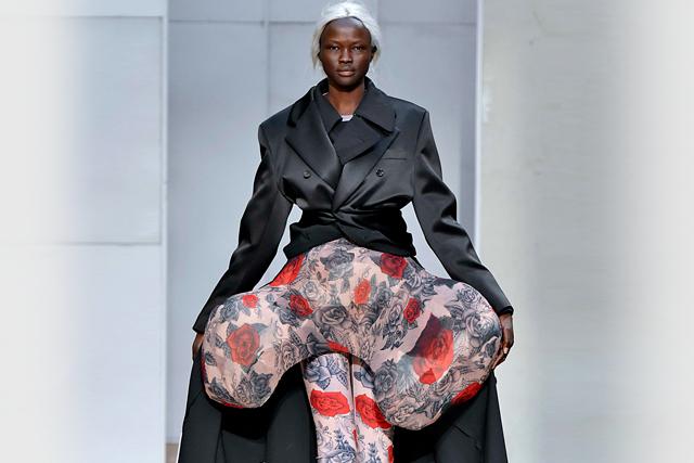 """ファッションの変化とコムデギャルソンの新たな""""新しさ"""""""