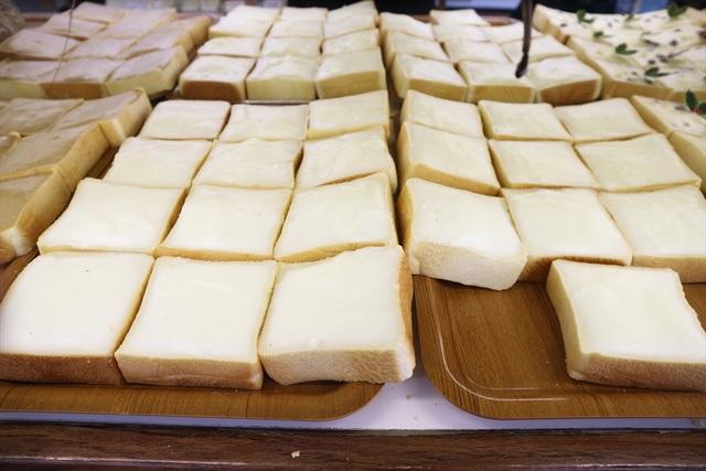 パンにクリーム塗った「クリームボックスの町」郡山へ