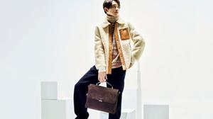 町田啓太と新しい時代に欠かせない面構えのいいバッグ