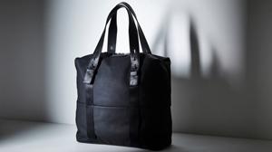 ビジネスから週末の旅行まで活躍するファーロのバッグ