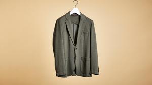 ヘリンボーン柄が落ち着きを添えるランズエンドの一着