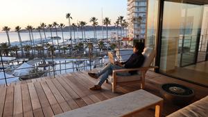 逗子のワーケ―ションホテルでカリフォルニア気分を満喫