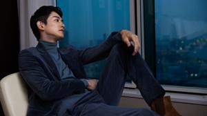 俳優・町田啓太の横顔。最新号から秘蔵カットを先行公開