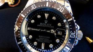高級腕時計、機械式とクオーツ式はどちらを選ぶべき?
