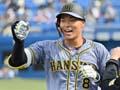 阪神佐藤輝明、プロ初本塁打