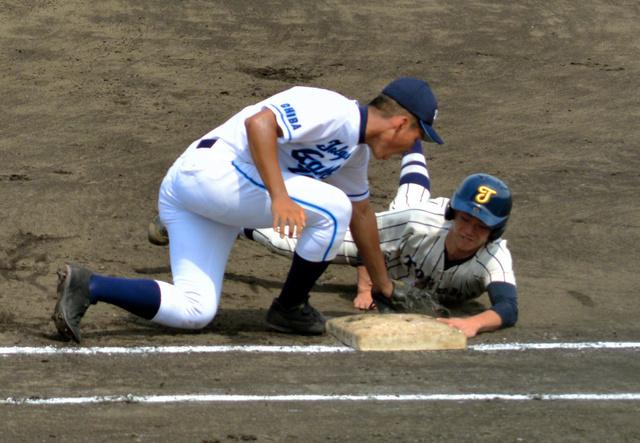 牽制アウト4つ、流れ渡さず 東京学館浦安が粘りの投球 | バーチャル ...
