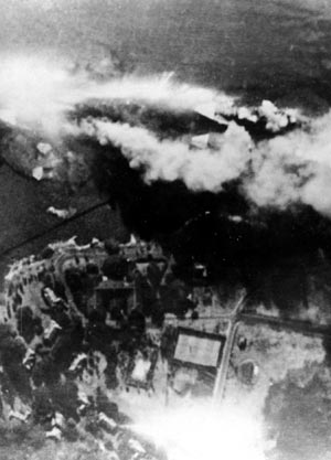 41年12月 日本軍が真珠湾を攻撃